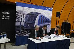 Unterzeichnung des Vertrages zum Kauf der C2-Züge