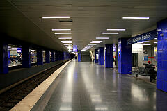 Münchner Freiheit Gleis 2