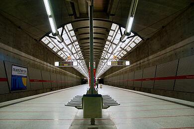 U-Bahnhof Messestadt Ost