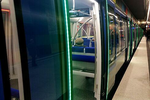Freigegebene Türen eines C2-Zuges
