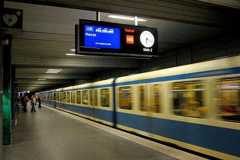 Neuer Zugzielanzeiger am Goetheplatz