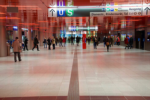 2015 neugestaltetes Sperrengeschoss am Marienplatz