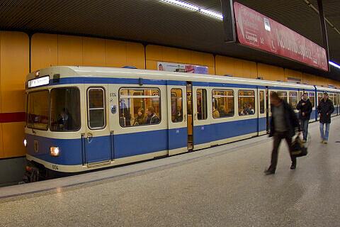 A-Wagen 104 nach seinem Gastaufenthalt in Nürnberg wieder in München