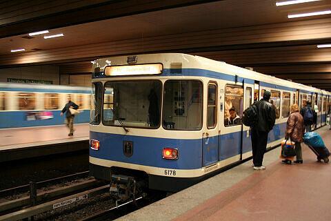 A-Wagen 178 an der Implerstraße