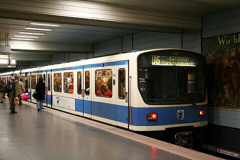 B-Wagen 566 am Goetheplatz