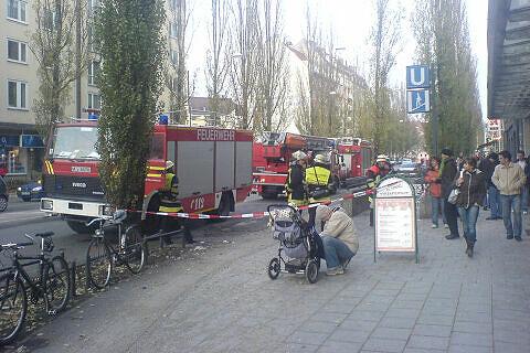 Gesperrter U-Bahn-Abgang am Goetheplatz