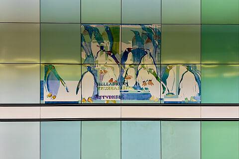 Wandbilder von Ricarda Dietz im Bahnhof Thalkirchen