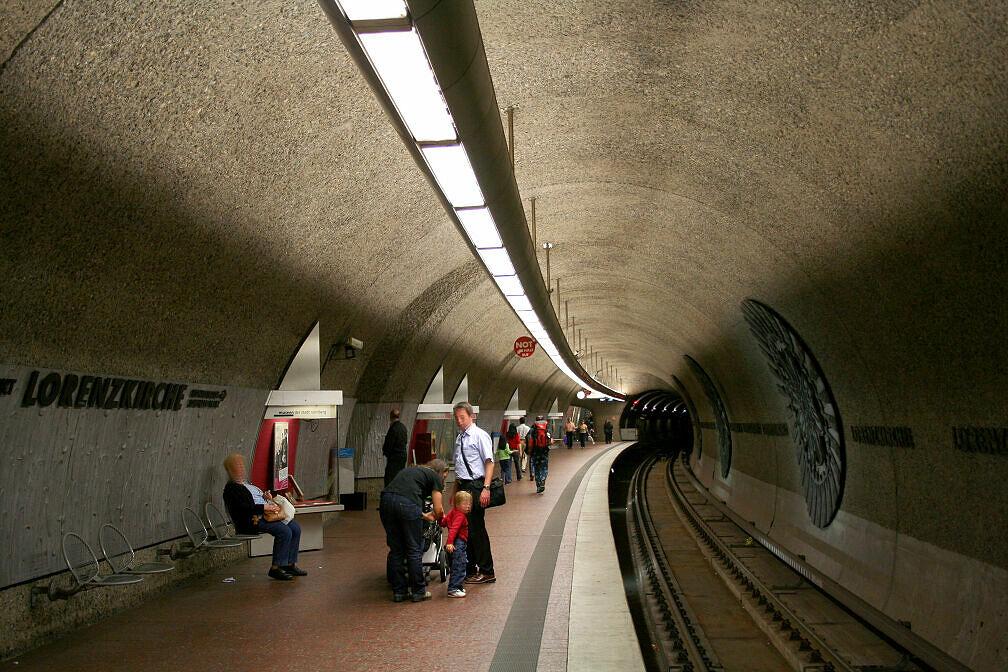 Nürnberger U-Bahnhof Lorenzkirche