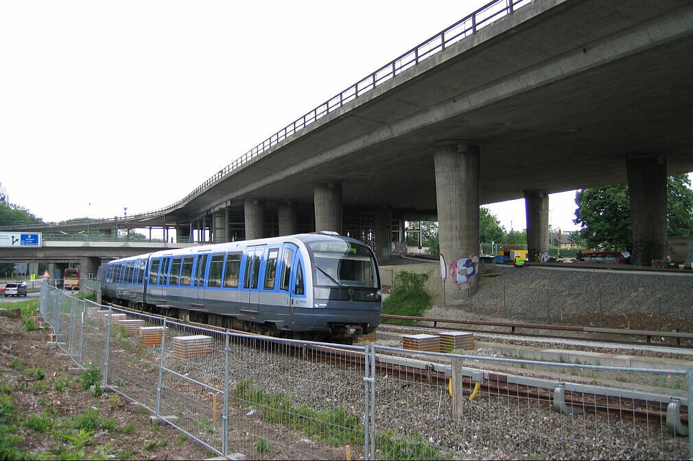 C-Zug vor dem Tatzelwurm, Blickrichtung Süden