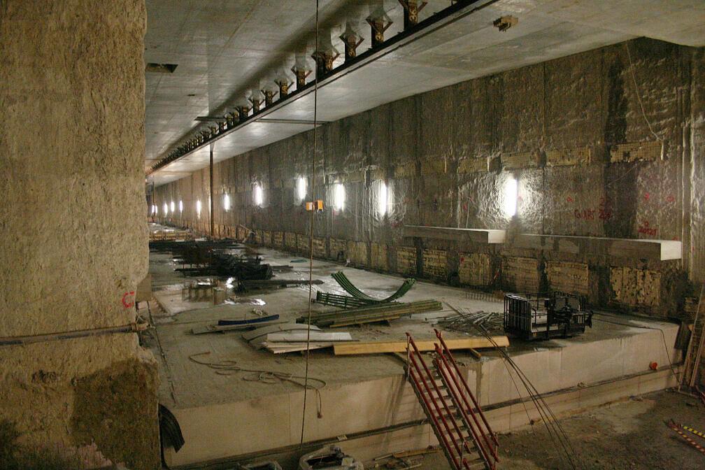 Blick in die künftige Bahnhofshalle des U-Bahnhofs Moosach